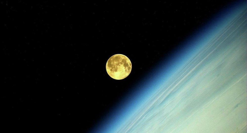 Weltraum-Reisen: Russland schickt bald Touristen um den Mond
